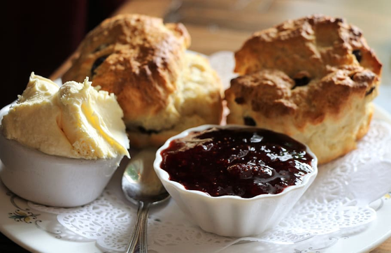 Classic scone recipe using Zusto a  healthy alternative to sugar